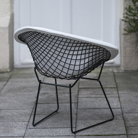 Harry_Bertoia_chair_Knoll_International