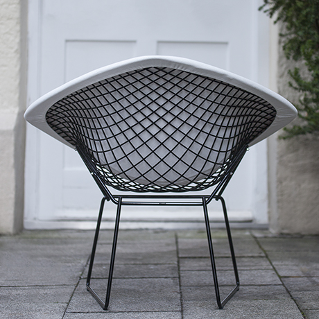 Bertoia_Knoll_chair_interior