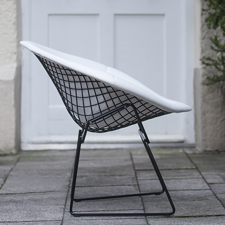Bertoia_diamond_chair_Knoll_design
