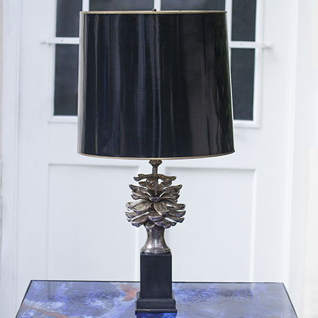 Cone_table_lamp_silver