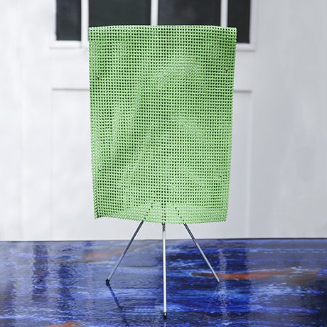 Estela_Campana_table_lamp_green