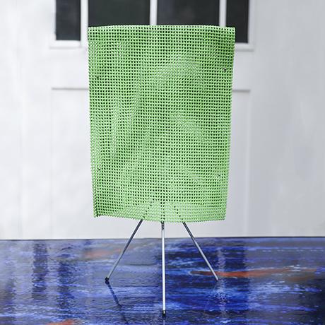 Estela_Campana_table_lamp_green