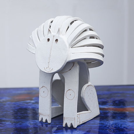Gambone_lion_figure_ceramic