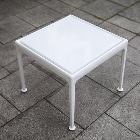 Schultz_coffee_table_interior_design
