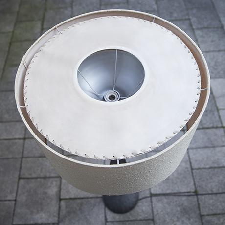 brutalist_floor_lamp_interior