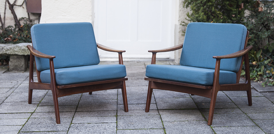 Grete_Jalk_teak_chairs_blue