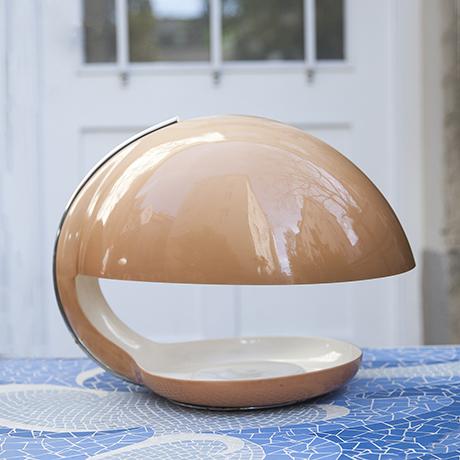 Harvey_Guzzini_table_lamp_cream
