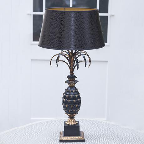 pineapple_desk_lamp_black_golden