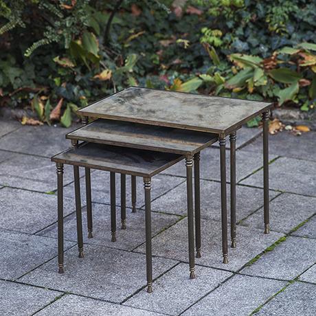 Maison_Jansen_nesting_tables