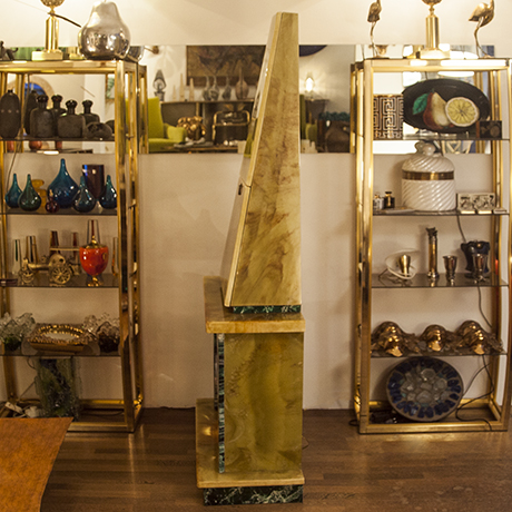 fireplace_bar_cabinet_cream
