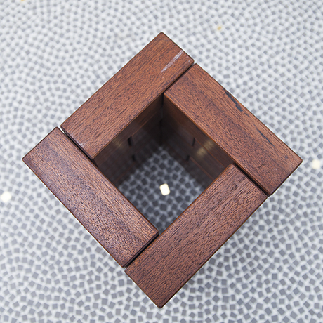 puzzle_sculpture_figure_wooden_square