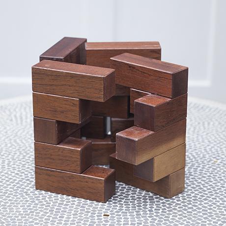 puzzle_figure_wooden_square_vintage
