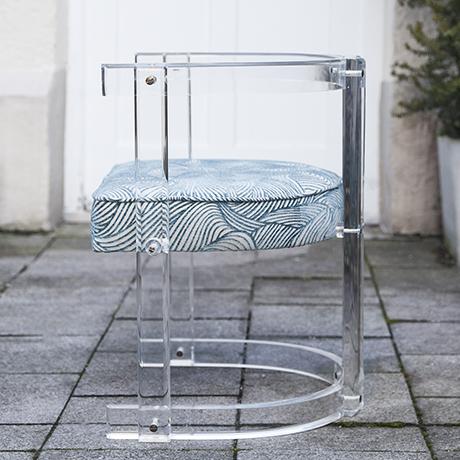 Hollywood_Regency_armchair_chair_blue
