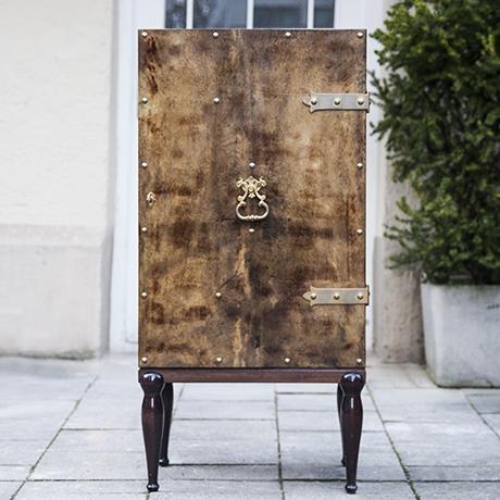 Aldo_Tura_bar_cabinet_brown