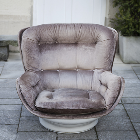 Michel_Cadestin_velvet_lounge_chair