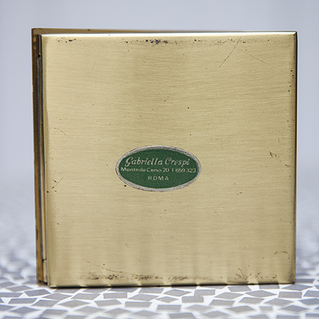 Crespi_cigarette_box_golden_marked