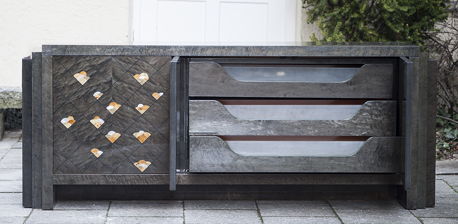 Gio_Frigerio_sideboard_drawers_desk