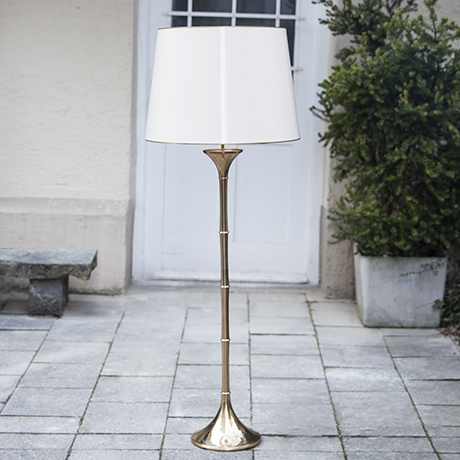 Ingo_Maurer_golden_floor_lamp