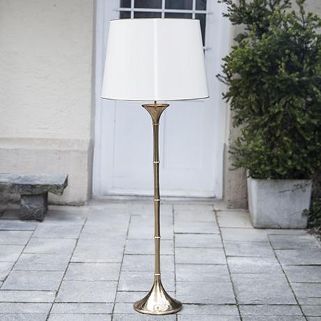 Ingo_Maurer_golden_floor_lamp