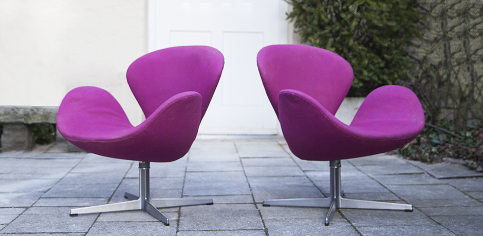 Arne_Jacobsen_swan_chair_pink