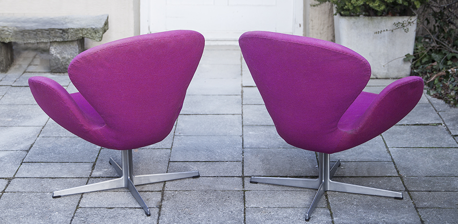 Jacobsen_arm_chairs_pink_Danish