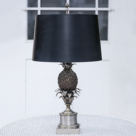 Maison_Charles_pinapple_table_lamp