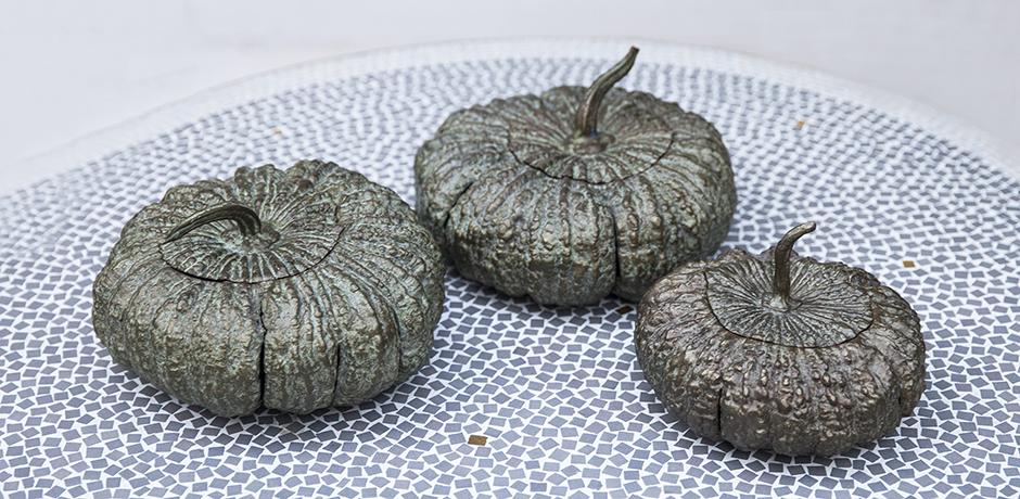 Verdigris_bronze_pumpkin_box_france