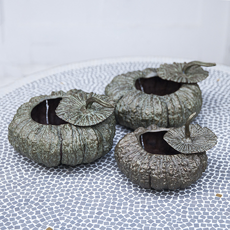Verdigris_bronze_pumpkin_bowls_set