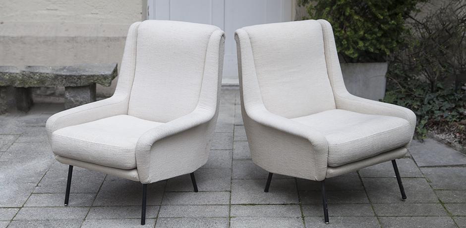 Fabric_armchairs_cream_2