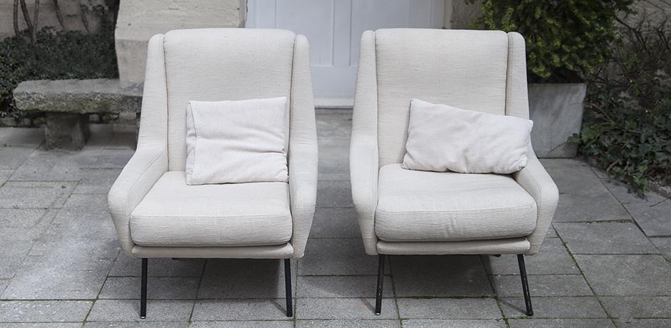 Fabric_armchairs_cream_3