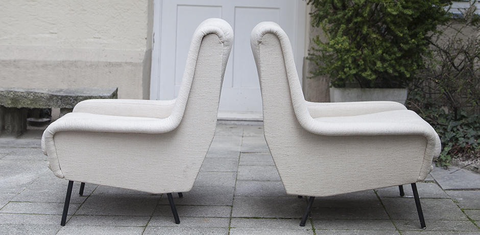 Fabric_armchairs_cream_4