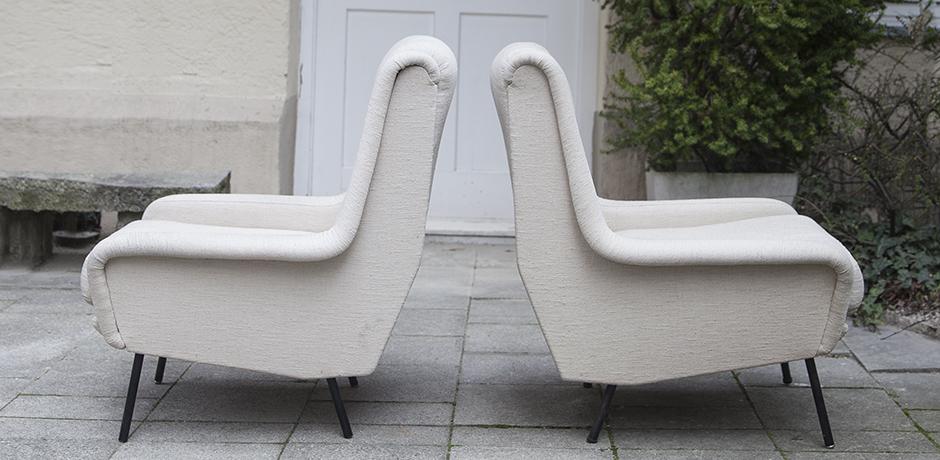 Fabric_armchairs_cream_4