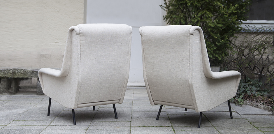 Fabric_armchairs_cream_5