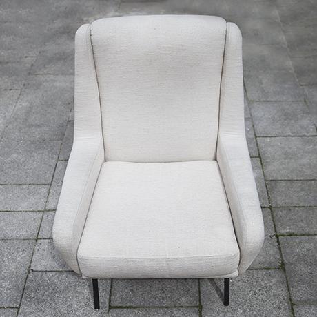 Fabric_armchairs_cream_6