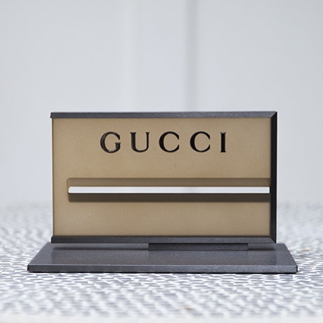 Gucci_paperweight