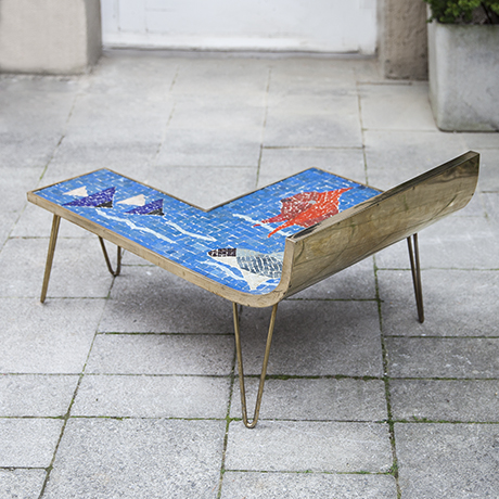 Muller_mosaic_table_blue_3