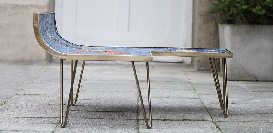 Muller_mosaic_table_blue_5