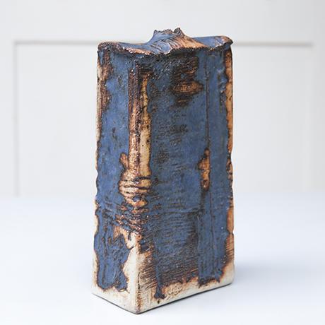 studio_ceramic_vase_robert_sturm_blue_keramik