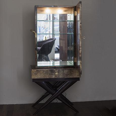Aldo_Tura_bar_cabinet_lighting