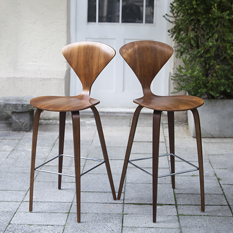 Cherner_bar_stools_walnut