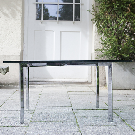 Knoll_International_glass_table_furniture