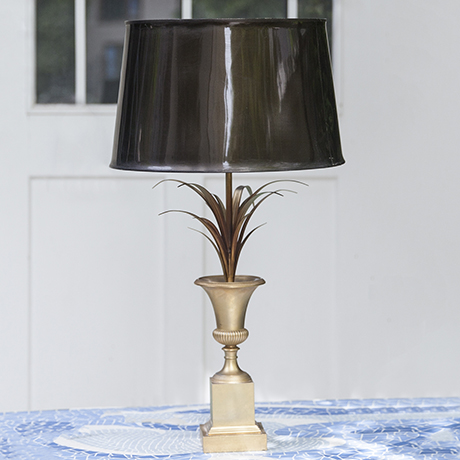 Maison_Charles_table_lamp_golden