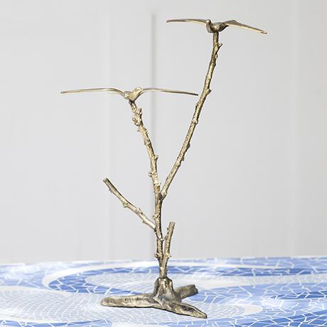 bird_tree_sculpture_golden