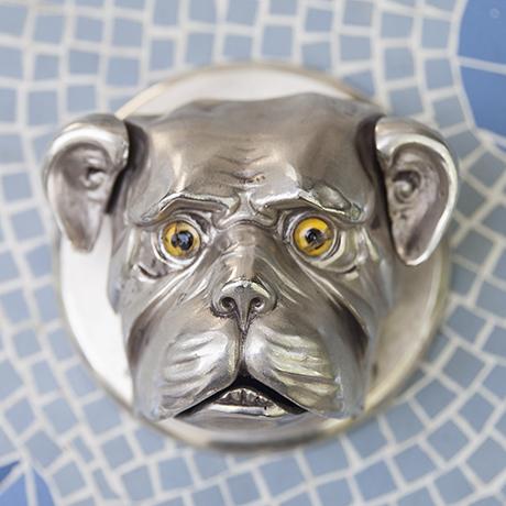 bulldog_hotel_reception_bell