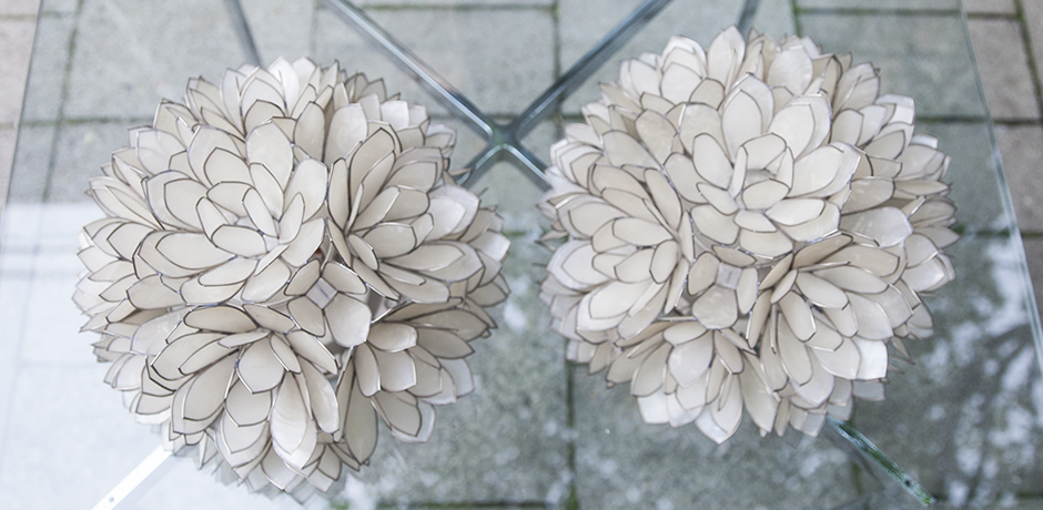 mother_of_pearls_sconces_flowers