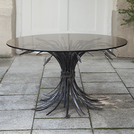 Coco_Chanel_coffee_table_black