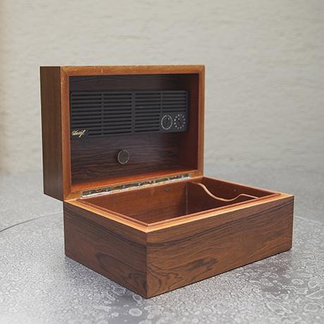 Schlichtes DesignDavidoff_cigar_box_humidor