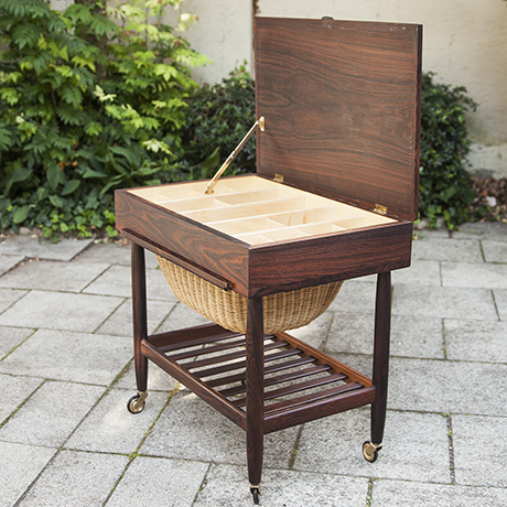 Ejvind_Johansson_sewing_table_oak