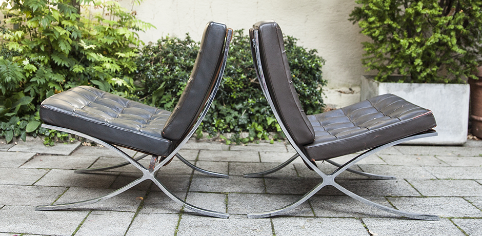 Mies_van_der_Rohe_lounge_chairs_leather_3