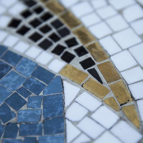 table_mosaic_seagull_vintage_interior